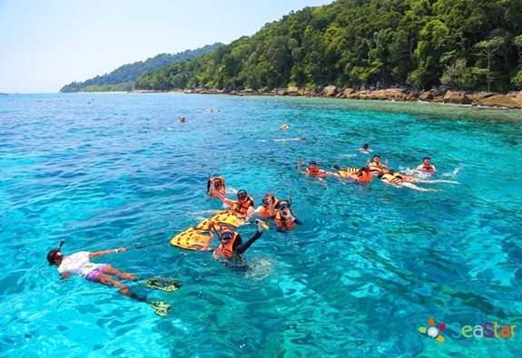 Coral Island Tour With Lunch By Speed Boat
